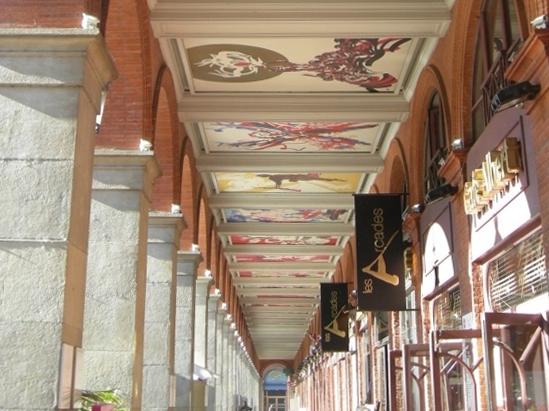 Thumbnail of Galerie d'arcades de la place du Capitole
